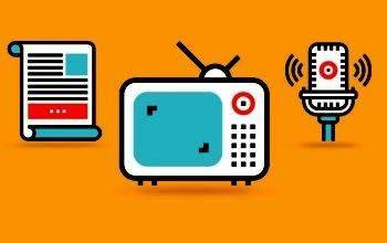 Periódico, TV y micrófono